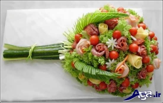 تزیین سالاد کاهو به شکل دسته گل