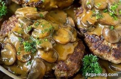 طرز تهیه همبرگر با  سویا و سس قارچ