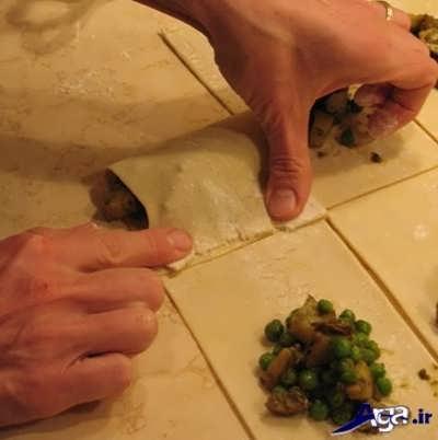طرز پیچیدن سمبوسه به صورت مرحله به مرحله