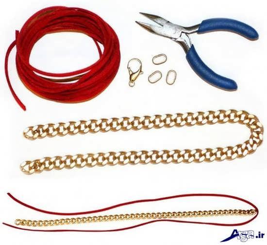 دستبند با وسایل ساده و معمولی
