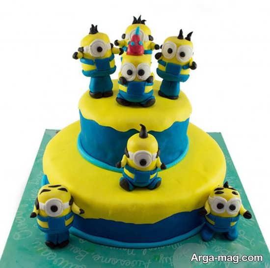 کیک تولد شیک با طرح مینیون