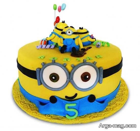 کیک تولد مینیون برای جشن تولد دخترانه و پسرانه