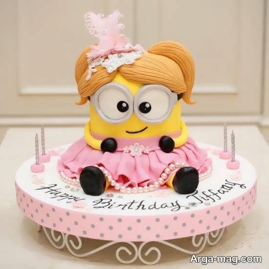 کیک تولد با طرح مینیون
