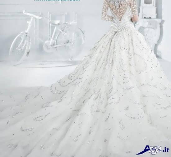 تزیین پایین تنه لباس عروس