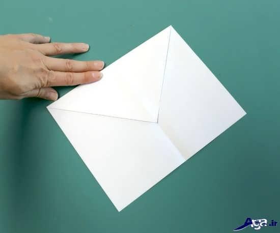 موشک با کاغذ رنگی