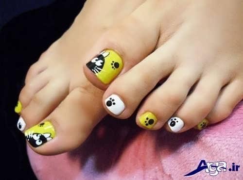 طراحی های متنوع بر روی ناخن پا