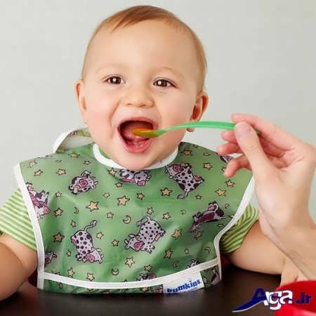 غذاهای کمکی نوزاد