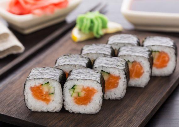 طرز تهیه سوشی ژاپنی در خانه