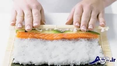 پیچیدن سوشی