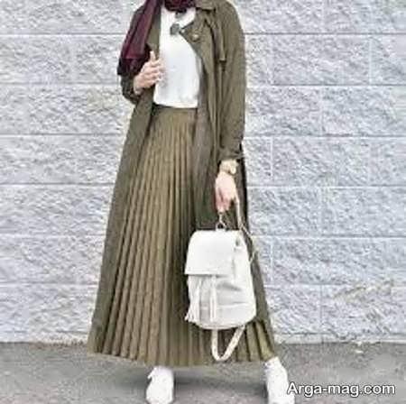 مدلی از مانتو دامن زنانه