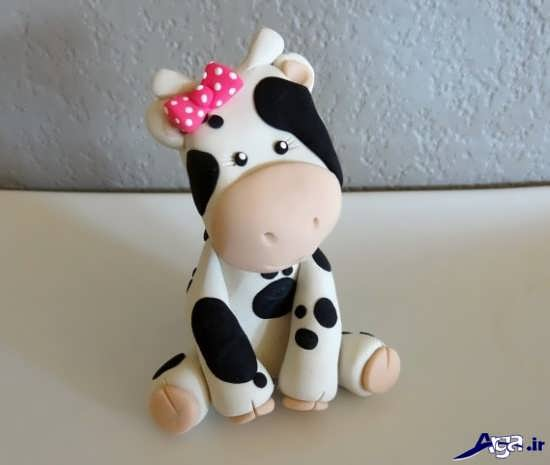 عروسک گاو با خمیر چینی