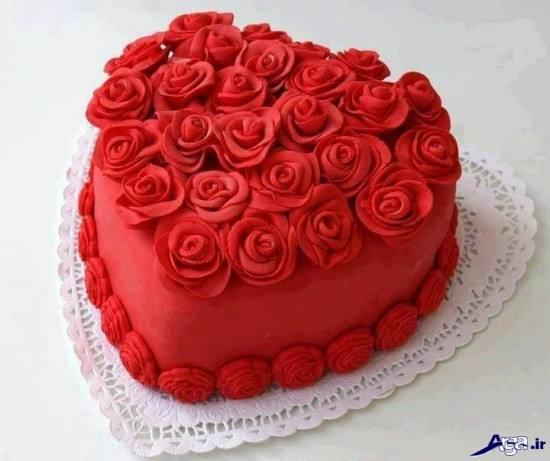 عکس کیک با طرح قلب و گل