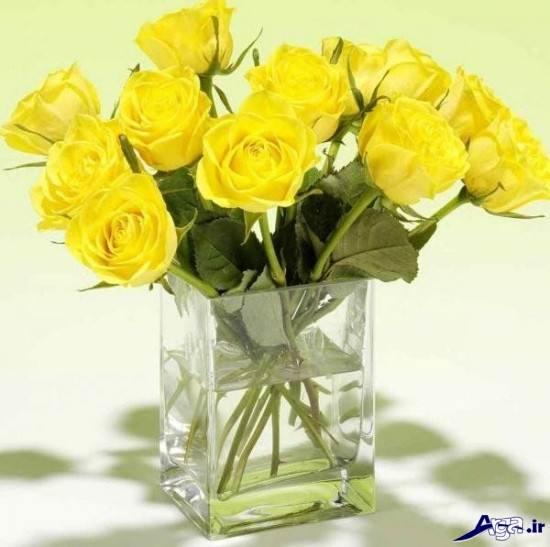 گلدانی از گل های رز زرد