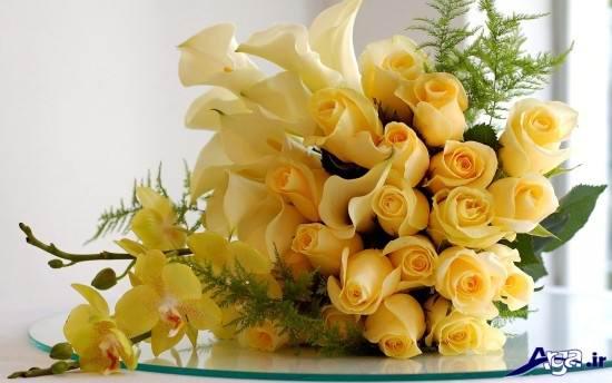 نمونه های زیبایی از دسته گل رز زرد