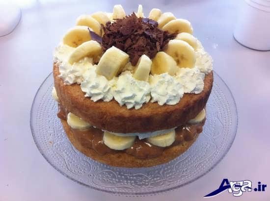 تزیین زیبا کیک اسفنجی با موز و خامه