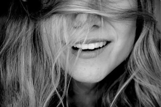 عکس لبخند پر انرژی