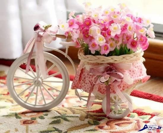 چیدمان گل در دوچرخه تزیینی