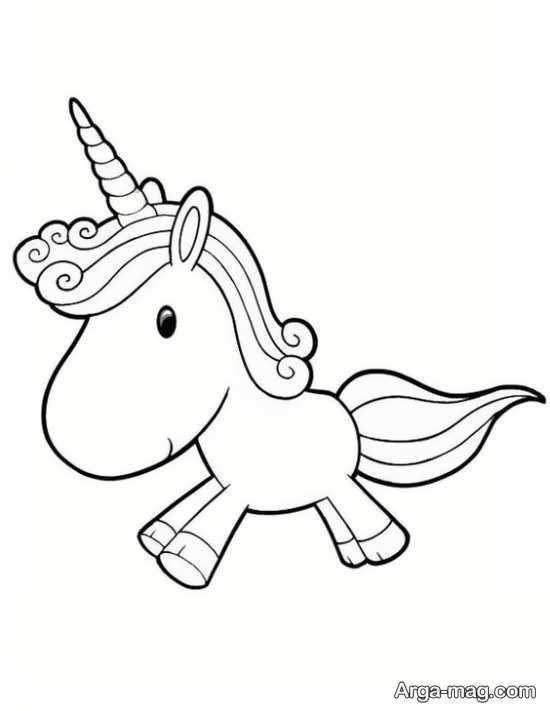 طراحی کودکانه اسب تک شاخ