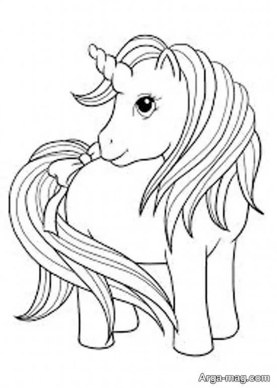 طرح دوست داشتنی از اسب تک شاخ