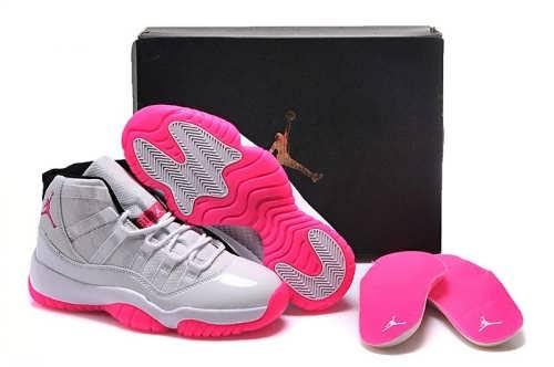 مدل کفش اسپرت زیبا و جدید