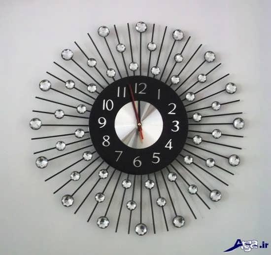 ساعت دیواری نگین دار