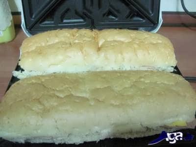 قرار دادن اسنک ها در درون ساندویچ ساز