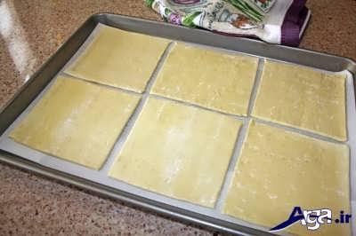 برش دادن خمیر هزارلا به شکل مربع