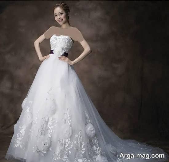 مدلی از پیراهن عروس کره ای