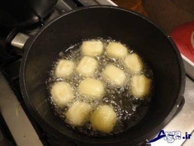 سرخ کردن بامیه سیب زمینی
