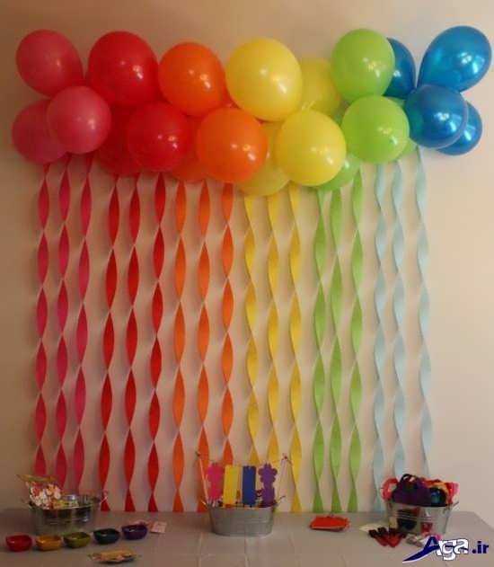 تزیین دیوار برای جش تولد با کاغذ رنگی