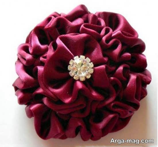ساختن گل با روبان با طرحی هنرمندانه