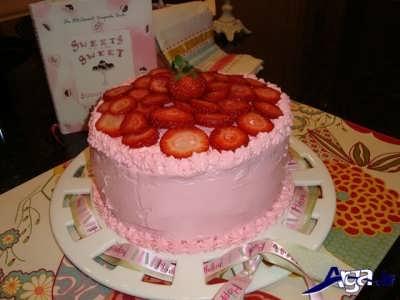 تزیین کیک توت فرنگی
