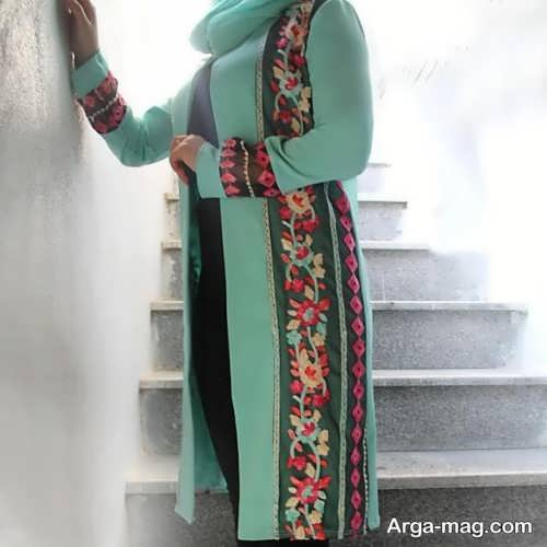مدلی از مانتوی ایرانی جدید