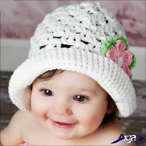 مدل کلاه سفید بافتنی نوزادی