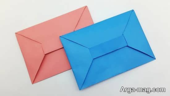 مدلهایی از پاکت نامه و پول