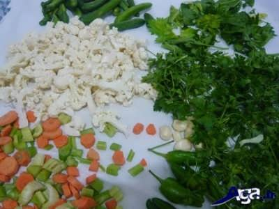 خرد کردن سبزیجات شور مخلوط