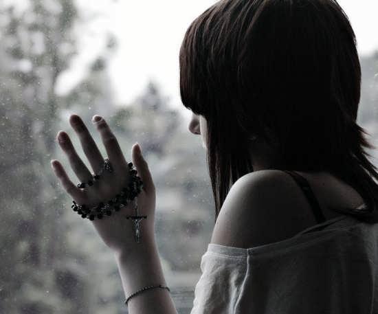 عکس های زیبای دختر تنها و غمگین
