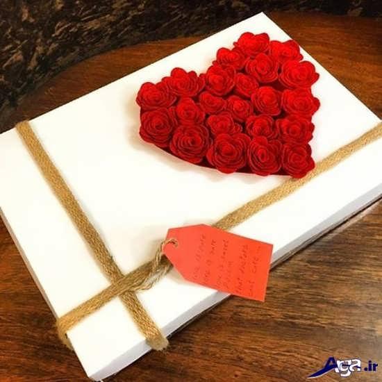 تزیین جعبه شیرینی با گل