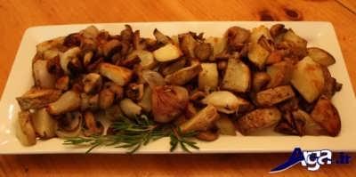 خوراک قارچ و سیب زمینی