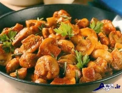 طرز تهیه غذا با قارچ و سیب زمینی با دو روش مختلف