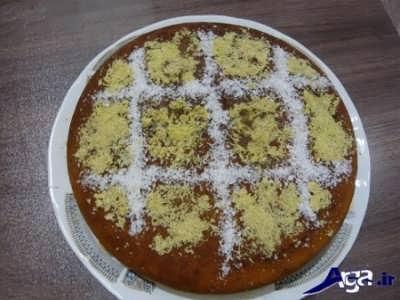 تزیین کیک با پودر نارگیل و پودر پسته