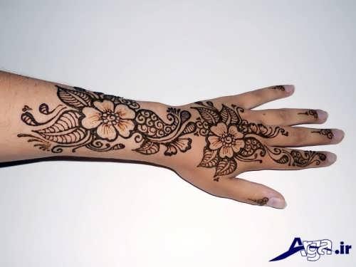 انواع طرح های زیبا حنا روی دست