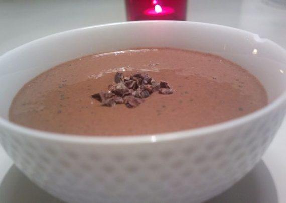 طرز تهیه فرنی شکلاتی در منزل