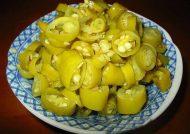 طرز تهیه ترشی فلفل سبز به همراه نکات طلایی برای ایجاد طعم ایده آل