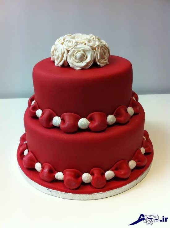 تزیین زیبا و شیک کیک سالگرد ازدواج