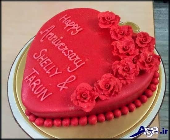 تزیین زیبا و فانتزی کیک سالگرد ازدواج