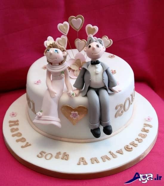 تزیین فانتزی و حالب کیک سالگرد ازدواج