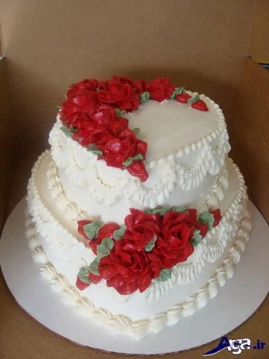 تزیین کیک سالگرد ازدواج با خامه