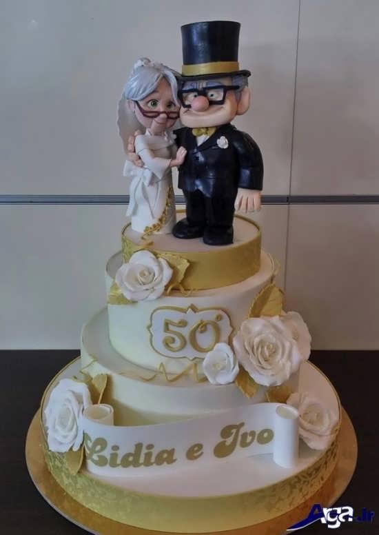 تزیین فانتزی کیک سالگرد ازدواج