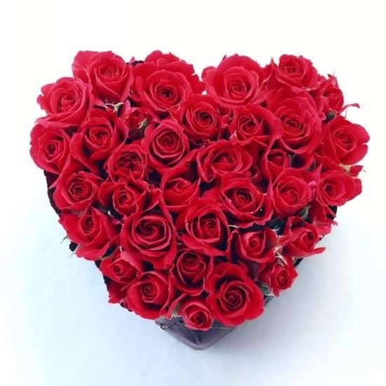 عکس گل های تزئین شده به شکل قلب